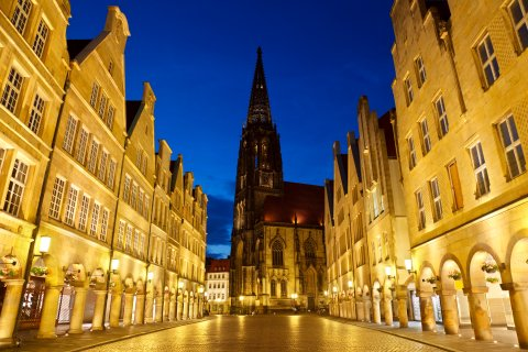 Münster street evening